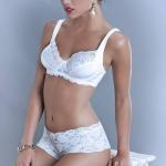 Vanessa Strach corseteria 1