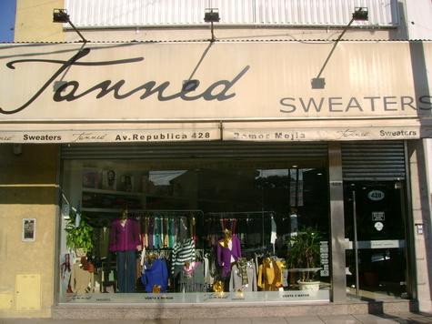 Tanned Tanned, Empresa De Moda Con Producción Propia..