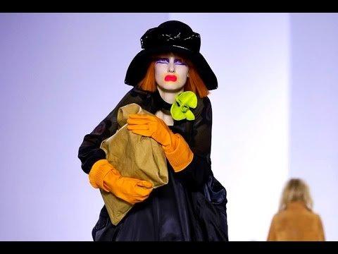 Hqdefault Maison Martin Margiela: Un Famoso Bien Poco Conocido - Moda Y Diseñadores Textil E Indumentaria