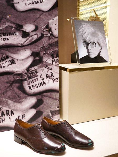 Zapatos Salvatore Ferragamo Inspirados En Andy Warhol Andy Warhol Con Zapatos De Salvatore Ferragamo