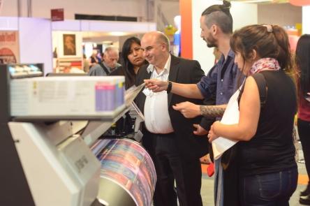 Estamp Estampacion Digital Protagonista En Emitex Simatex Confemaq 2018 - Eventos Textil E Indumentaria