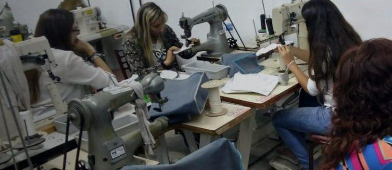 Calzado Santa Fe Capacitación En Calzado: Escuela En Acción - Empresas Calzado, Cuero
