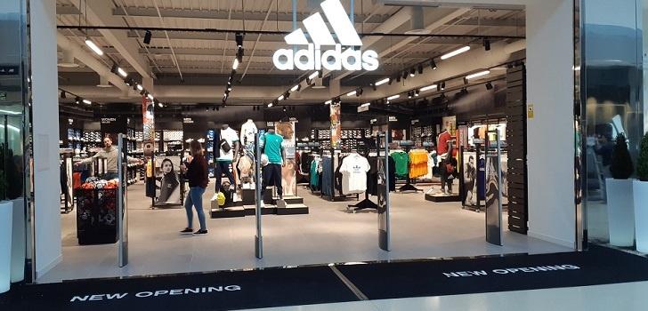 Adidas Tienda Outlet 728 Adidas Firma Un Crédito De 3000 Millones - Empresas Calzado, Cuero