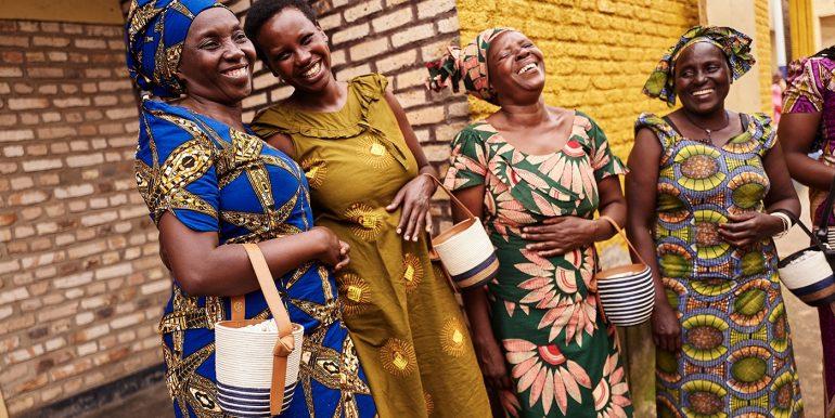 Cestacollective1 Bolsos Tejidos En Africa Con Materiales Sostenibles Y Salarios Justos - Moda Y Diseñadores Calzado, Cuero