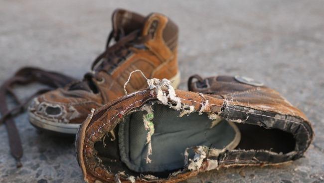 Zapatos Viejos Científicos Desarrollan Un Sistema Para El Reciclaje Del Calzado