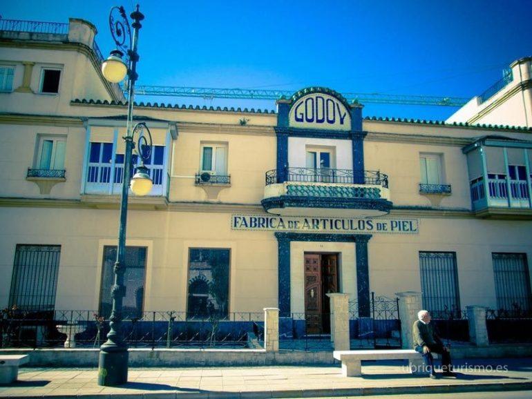 Cuna De La Piel Ubrique: La Cuna De Las Casas De Lujo Del Cuero