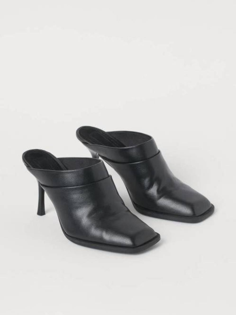 Las Botas De Hym Cortesia Calzado 2 X 1 - Empresas Calzado, Cuero