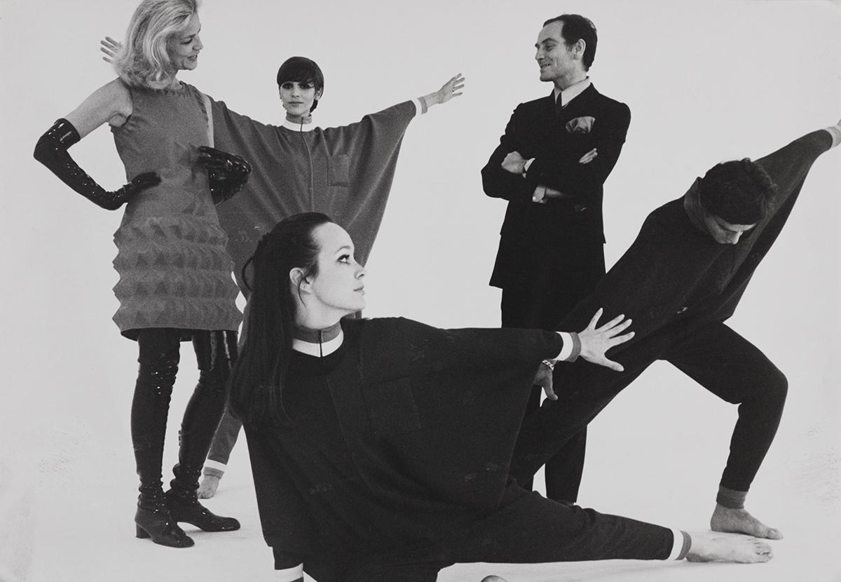 Pierre Cardin: Sus Inventos Que Cambiaron La Moda - Moda Y Diseñadores Textil E Indumentaria