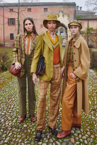 Alberta Ferreti 6 Moda: Alberta Ferretti Adelanta Los Ítems Que Usaremos En El Invierno 2021 - Moda Y Diseñadores Textil E Indumentaria