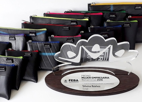 Premio Cicla2 Mefeba Sustentable4 Cámaras De Neumáticos Descartables Transformadas En Marroquinería - Moda Sostenible