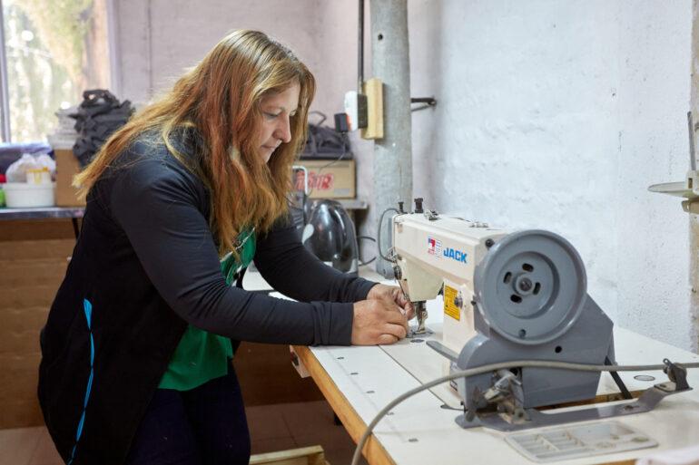 Costura Emprendedoras Textiles Cuentan Con Talleres De Costura Municipales - Noticias Breves