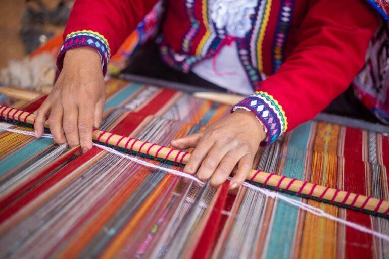 Artesanas Textiles De Perú Expondrán Sus Productos Via Fanpage
