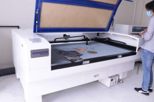 Grabadora Laser Tecnología 3D En La Industria Del Calzado - Máquinas Calzado/Cuero