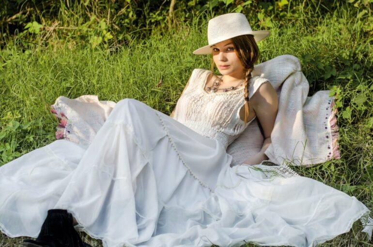 Carola Cornejo Principal Una Marca Sustentable Con Prendas Bohemias Y Románticas - Moda Y Diseñadores Textil E Indumentaria