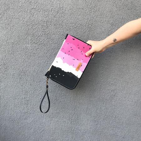 Img 4563 Bolsas Plásticas En Desuso Convertidas En Objetos De Diseño - Moda Sostenible