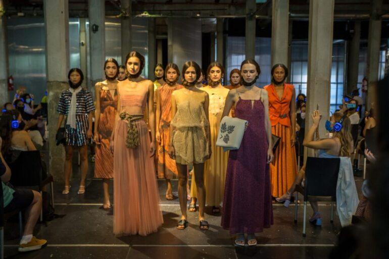 Pilar Dalbat La Pasarela De Moda De Madrid - Moda Y Diseñadores Textil E Indumentaria